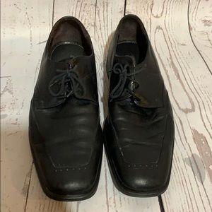 Men's lace up black leather dress shoes size 10